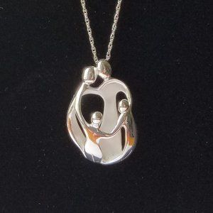 "Sterling Silver Family Pendant w/ 30"" Chain in Box"